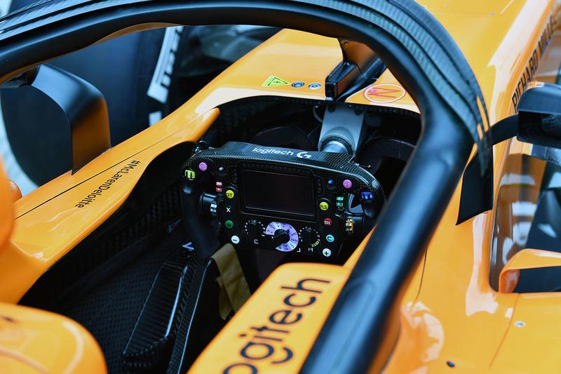 McLaren MCL33 cockpit