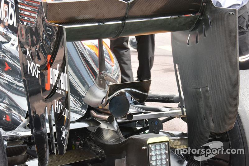 McLaren MP4-, Heckflügel, Detail