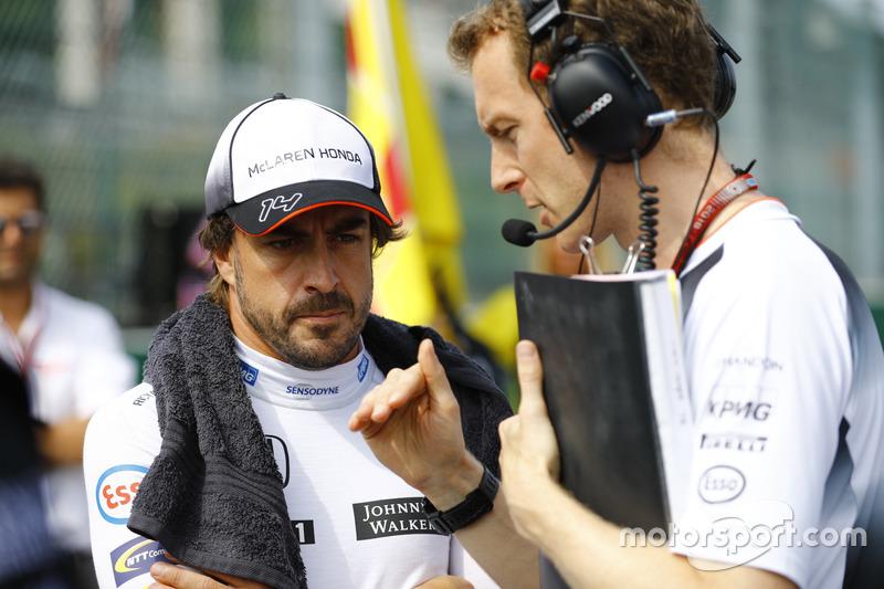 Fernando Alonso, McLaren a colloquio con Mark Temple