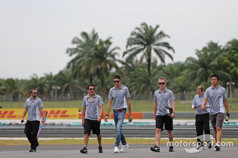Esteban Ocon, Manor Racing und Rio Haryanto, Manor Racing