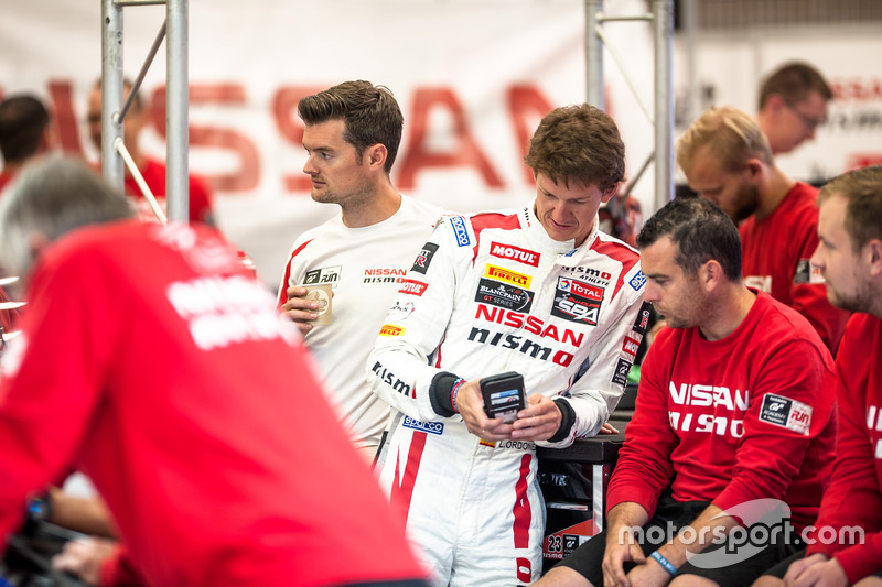 #23 Nissan GT Academy Team RJN, Nissan GT-R Nismo GT3: Lucas Ordonez, Alex Buncombe