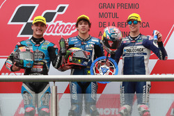 Le deuxième, Aron Canet, Estrella Galicia 0,0, le vainqueur Marco Bezzecchi, Prustel GP, le troisième, Fabio Di Giannantonio, Del Conca Gresini Racing Moto3