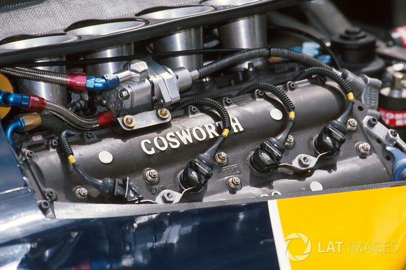 The Cosworth DFR engine