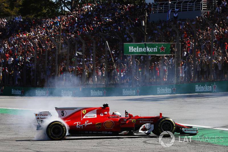 Com saudade da vitória, Vettel acelerou para voltar a subir no andar mais alto do pódio