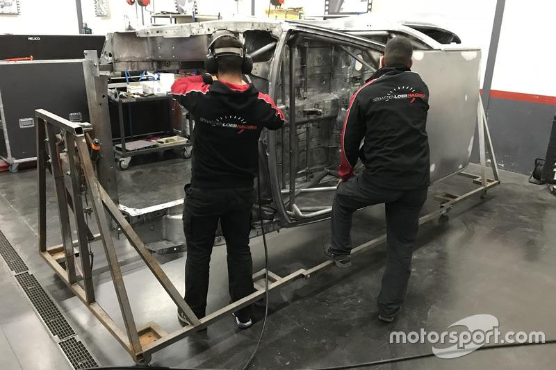 Sébastien Loeb Racing Peugeot 306 Maxi reconstruido