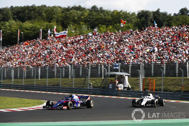 Pierre Gasly, Toro Rosso STR13, Sergey Sirotkin, Williams FW41
