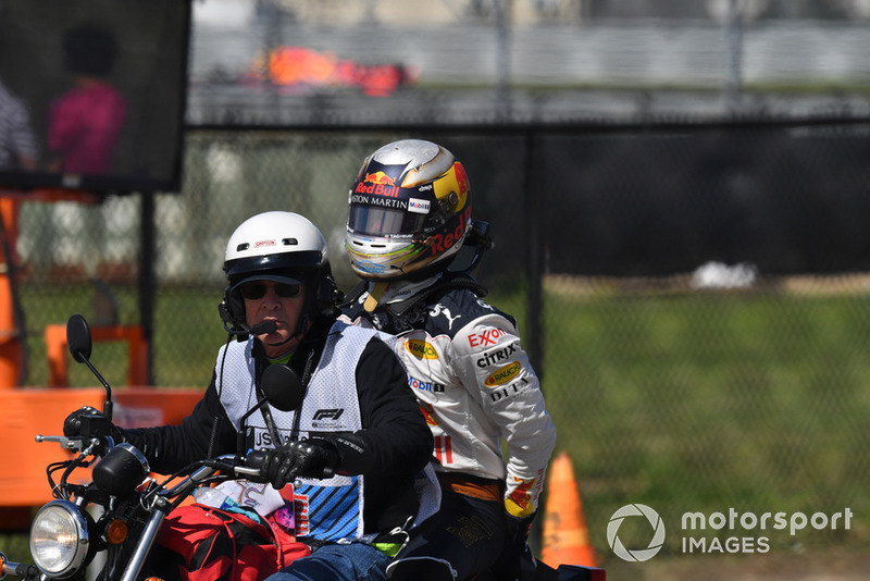 El abandono de Daniel Ricciardo, Red Bull Racing