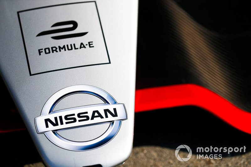 Nissan logo on the nose of the Nissan IMO1