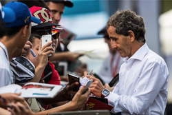 Alain Prost, Renault Sport F1 Team RS17 Asesor especial