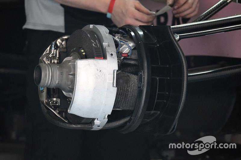 Force India VJM10, Vorderrad, Detail