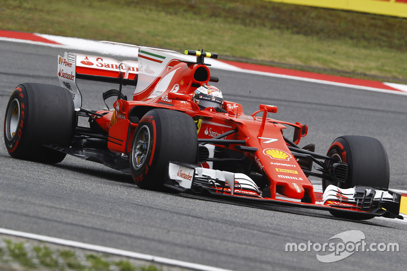 kimi raikkonen ferrari sf70h gp de chine photos formule 1. Black Bedroom Furniture Sets. Home Design Ideas