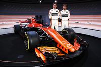 Fernando Alonso, McLaren, and Stoffel Vandoorne, McLaren