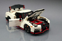 Nissan GTR Nismo de Lego
