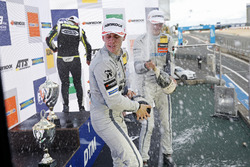 Подіум: переможець Ландо Норріс (Carlin, Dallara F317 Volkswagen), другий призер Джейк Х'юз (Hitech, Dallara F317 Mercedes-Benz), третій призер Ральф Арон (Hitech, Dallara F317 Mercedes-Benz)