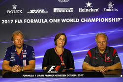 Robert Fearnley, Sahara Force India F1 Team Deputy Team Principal, Claire Williams, Williams Deputy Team Principal and Gene Haas F1 Team, Founder and Chairman, Haas F1 Team Team in the Press Conference