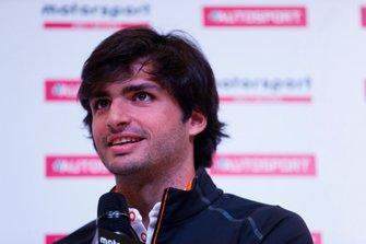 Carlos Sainz Jr en el Autosport Show
