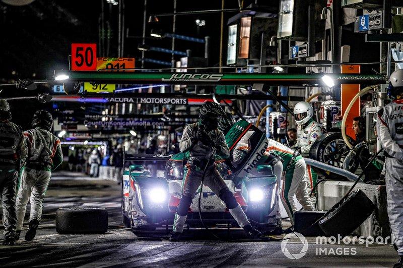#50 Juncos Racing Cadillac DPi, DPi: Will Owen, Rene Binder, Agustin Canapino, Kyle Kaiser, pit stop