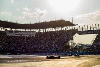 Alexander Sims, BMW I Andretti Motorsports, BMW iFE.18 Tom Dillmann, NIO Formula E Team, NIO Sport 004 andJean-Eric Vergne, DS TECHEETAH, DS E-Tense FE19