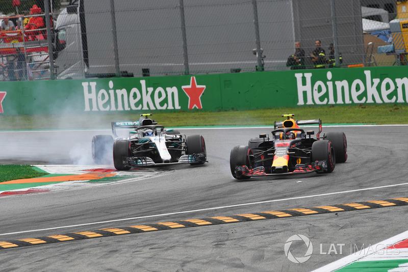 Valtteri Bottas, Mercedes AMG F1 W09 y Max Verstappen, Red Bull Racing RB14