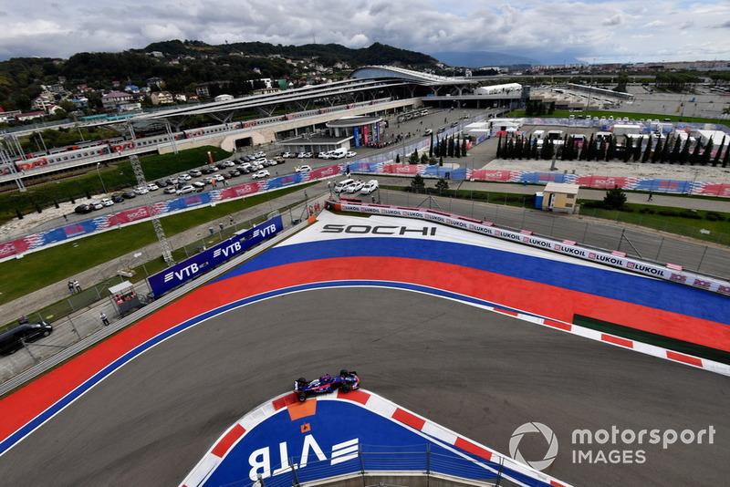 16. Brendon Hartley, Scuderia Toro Rosso STR13