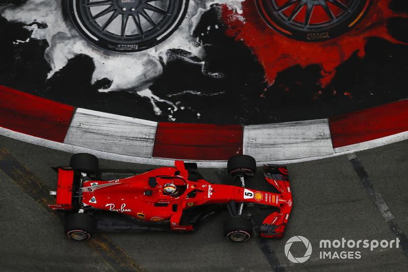 3: Sebastian Vettel, Ferrari SF71H, 1'36.628