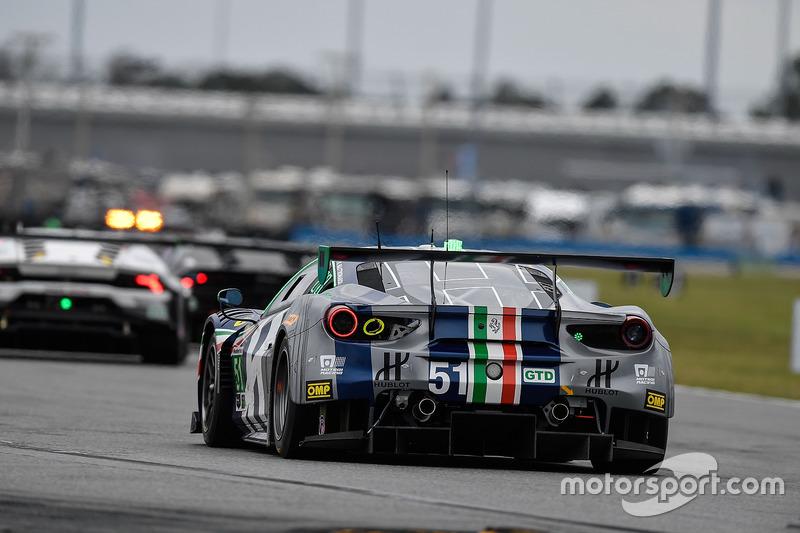 #51 Spirit of Race Ferrari 488 GT3: Peter Mann, Maurizio Mediani, Alessandro Pier Guidi, Davide Rigon