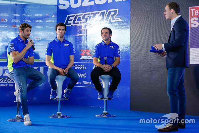 Andrea Iannone, Alex Rins and Davide Brivio, Team Manager, Suzuki MotoGP