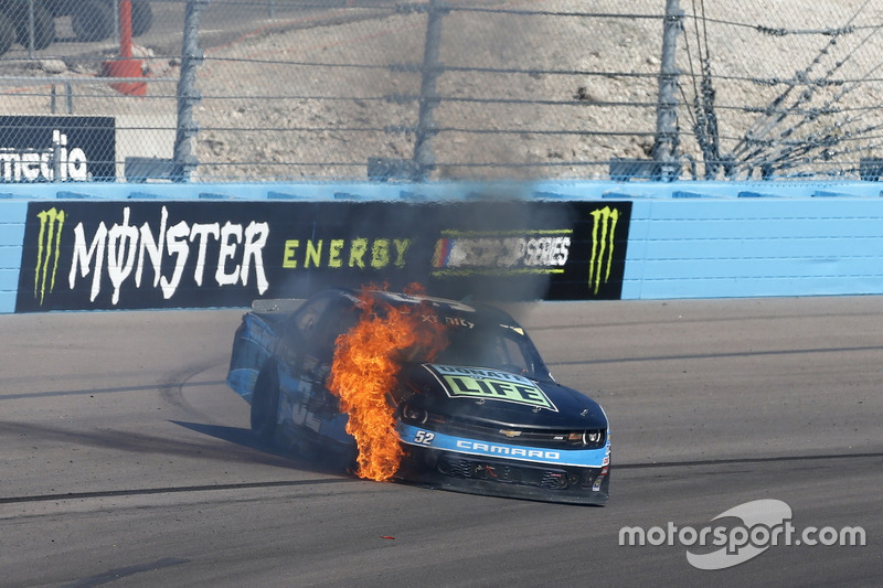 Feuer: Joey Gase, Jimmy Means Racing, Chevrolet