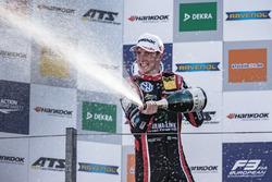 Podyum: Joel Eriksson, Motopark, Dallara F317 - Volkswagen