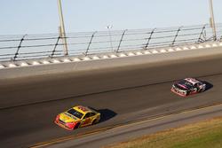 Joey Logano, Team Penske Ford; Austin Dillon, Richard Childress Racing Chevrolet