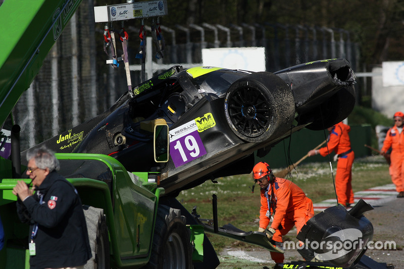 The car of #19 M.Racing - YMR, Norma M 30 - Nissan: Gwenael Delomier after a huge crash