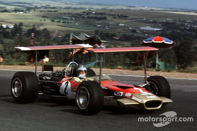 A primeira delas veio com o Lotus 49B, no GP dos EUA de 1969.
