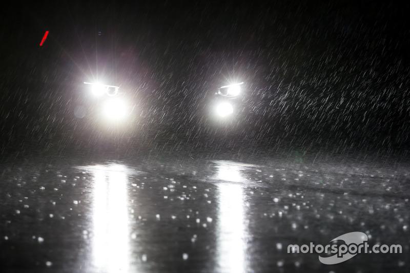 Piove durante le qualifiche del Giovedì