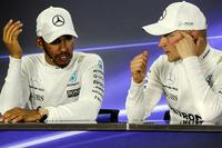 Lewis Hamilton, Mercedes AMG F1 et le vainqueur Valtteri Bottas, Mercedes AMG F1 lors de la conférence de presse