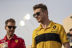 Sebastian Vettel, Ferrari and Nico Hulkenberg, Renault Sport F1 Team on the drivers parade