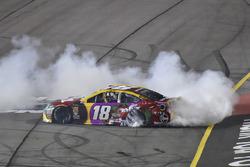 Yarış galibi Kyle Busch, Joe Gibbs Racing