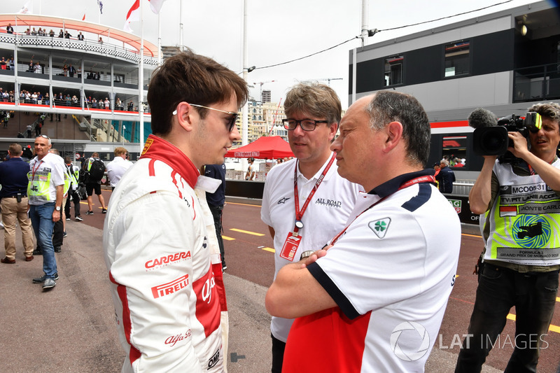 Frederic Vasseur, Sauber, Team Principal et Charles Leclerc, Sauber