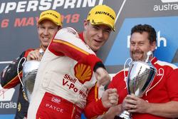 Podium: race winner Scott McLaughlin, DJR Team Penske Ford