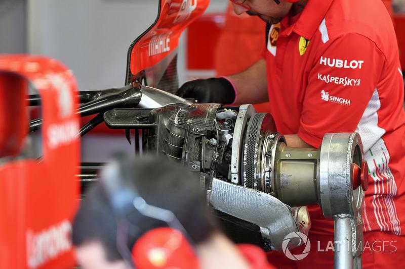 Ferrari SF71H rear brake and wheel hub detail