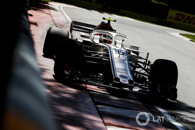 Charles Leclerc, Sauber C37.