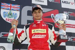 Carrera 3, domingo, Arjun Maini, Lanan Racing
