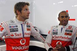 Jenson Button, McLaren con Lewis Hamilton, McLaren