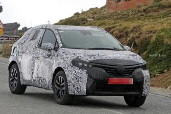 Spyshot Renault Clio SUV