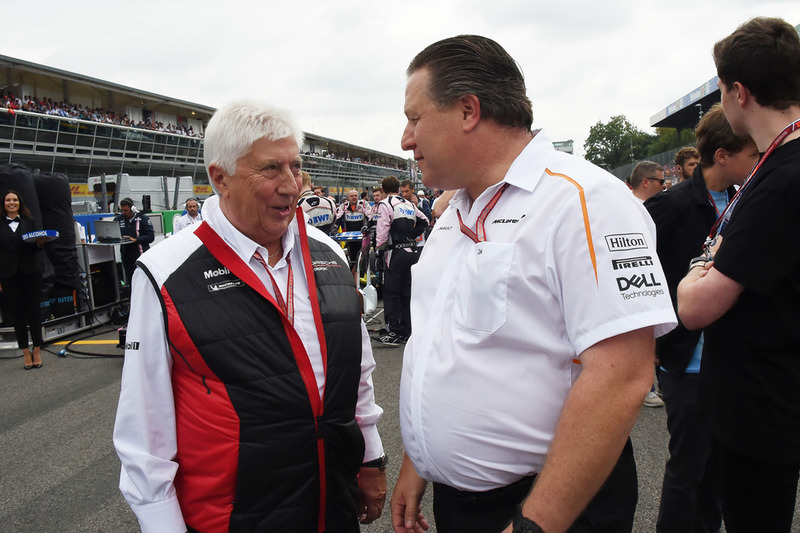 Herbie Blash y Zak Brown, CEO de McLaren Racing