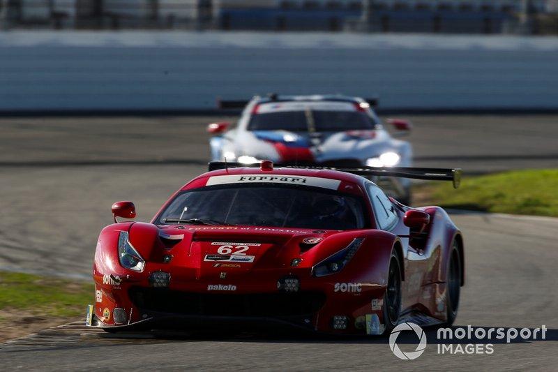 #62 Risi Competizione Ferrari 488 GTE, GTLM: Davide Rigon, Miguel Molina