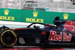 Даниил Квят, Scuderia Toro Rosso STR11 с установленной системой Halo