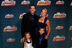 Elliott Sadler, JR Motorsports Chevrolet with family