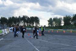 Учасники Кубку з джимхани перед заїздами