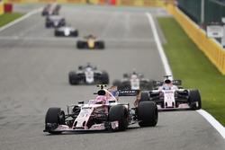 Esteban Ocon, Sahara Force India F1 VJM10, Sergio Perez, Sahara Force India F1 VJM10, Kevin Magnussen, Haas F1 Team VF-17 and Romain Grosjean, Haas F1 Team VF-17