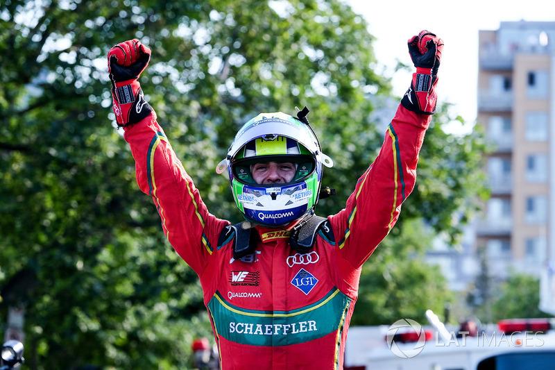 Campeón de la temporada 2016/2017 de Fórmula E Champion Lucas di Grassi, ABT Schaeffler Audi Sport